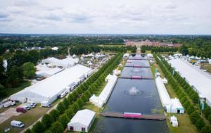 Hampton_Court_Flower_Show,_overhead_image